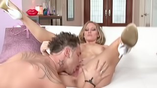 Young stud bangs this big boobed blonde porn queen